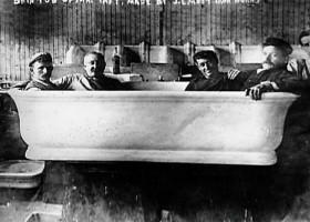 PHOTO: Rub a dub dub, four men in a President's tub?