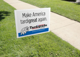 "POLITICS: Print your own ""Tardigrade for President"" posters and make America tardigreat again."