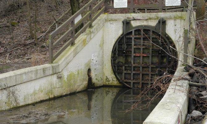 Edgewater CSO flap gate